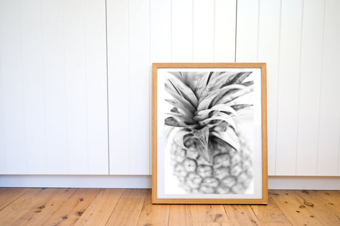 PINEAPPLE CROWN BLACK & WHITE PHOTO PRINT - Ivy And The Fox