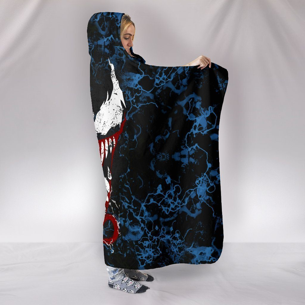 Venom Hooded Blanket V1