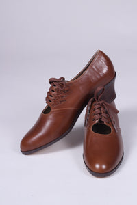 1930s everyday Oxford shoes, brown, Emma
