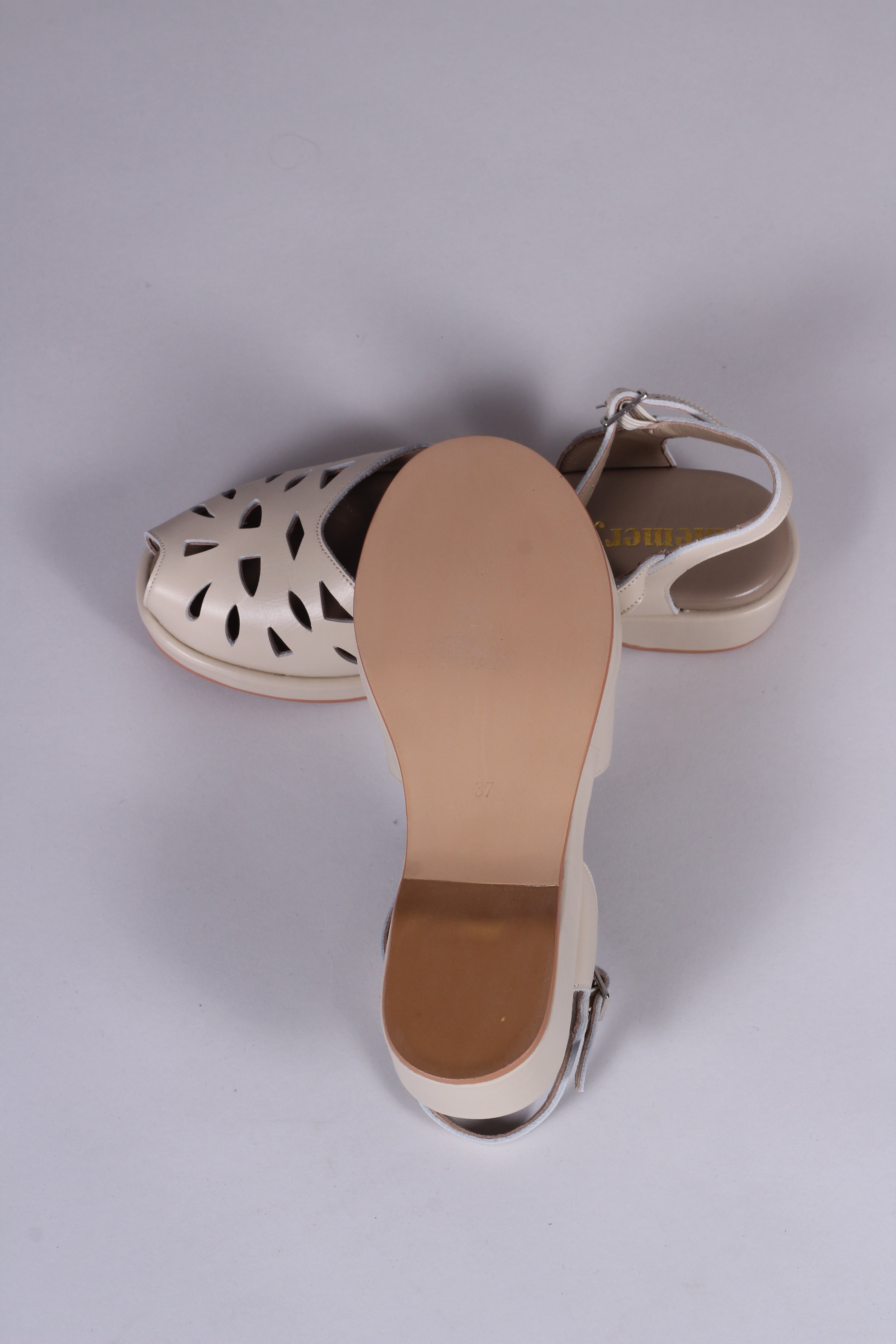 1940s / 50s style summer sandals /  wedges - Off white - Sidse