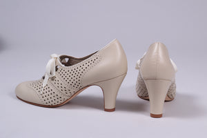 1930s everyday oxford high heel shoes, cream-white, Marie
