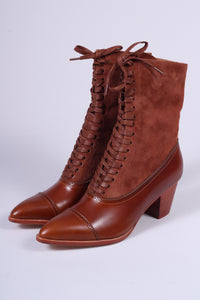 Edwardian style boots, 1900-1910 - brown - Victoria