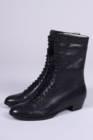 Everyday working boots, 1915-1920 - Ruth