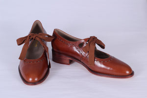30s inspired everyday shoes, cognac brown
