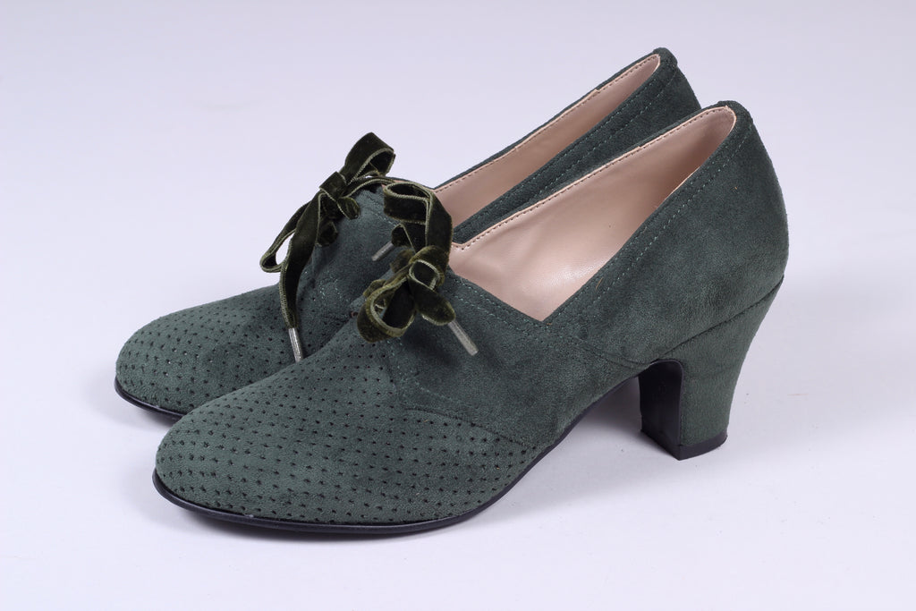 VEGAN shoes - 40s vintage style pumps in suede with lace - Dark green - Esther