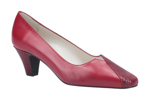 Cefalu Aeduca Court Shoe Bordo