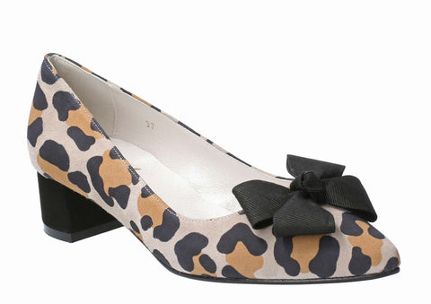 Cefalu Delazado Womens Jaguar Print Suede Court Shoe With Bow Trim