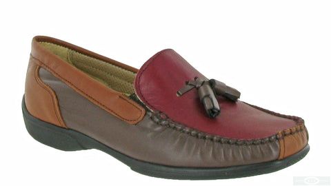 Cotswold Biddlestone Womens Extra Wide Fit Slip On Moccasin Chestnut/Tan