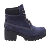Darkwood Pine 7040 Womens Platform Sole Rugged Style Laced Ankle Boot