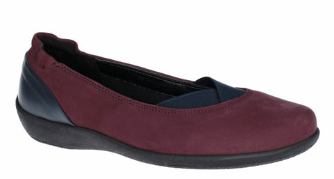 The Flexx Camp Fires Womens Nubuck Slip On Casual Pump