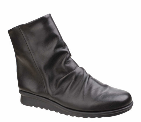 The Flexx Pan Fried Womens Ruche Detail Leather Ankle Boot Black
