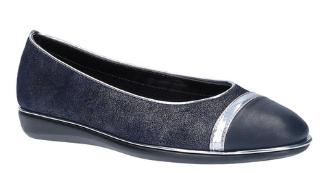 The Flexx Rise A Line Womens Slip On Casual Pump