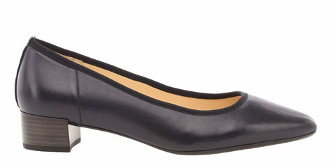 Gabor Kenmore Womens Block Heeled Leather Court Shoe 31.430