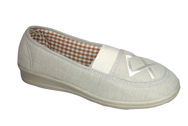 Mirak Malt Womens Slip On Canvas Casual Shoe Beige