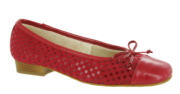 Riva Andros Womens Suede and Patent Ballerina Red