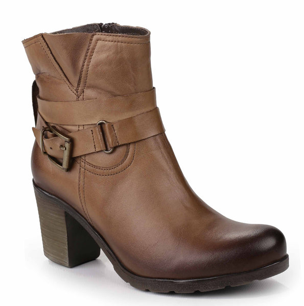Riva Dolce Womens Buckle Detail Heeled Leather Ankle Boot Tan