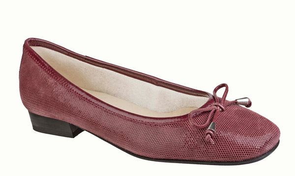 Riva Provence II Womens Slip On Ballerina With Bow Trim Raspberry Fish