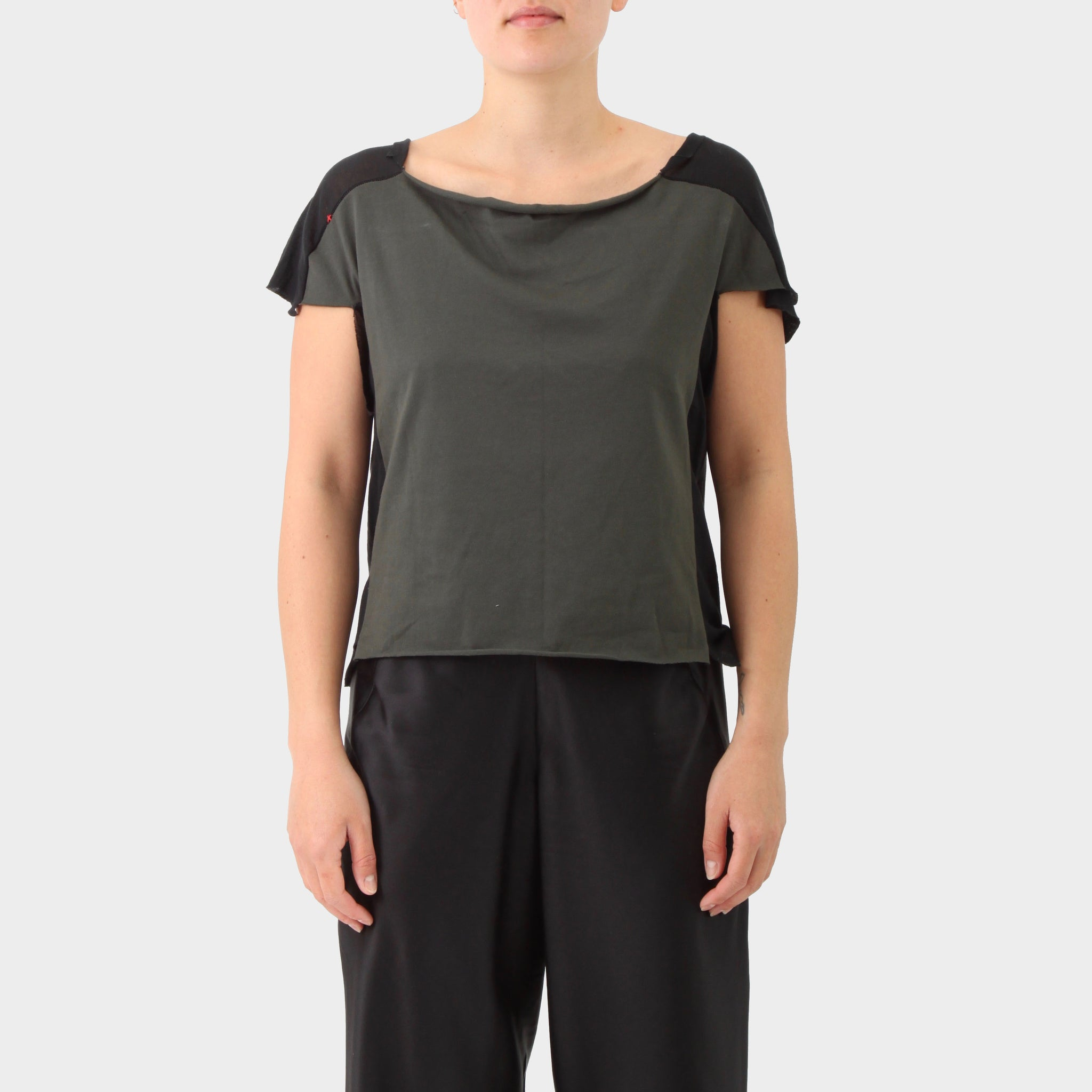 MA+ Raw Edged Gussetted T-shirt