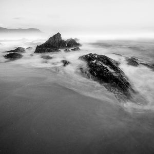 Photograph of rocky coastline on the Garden Route