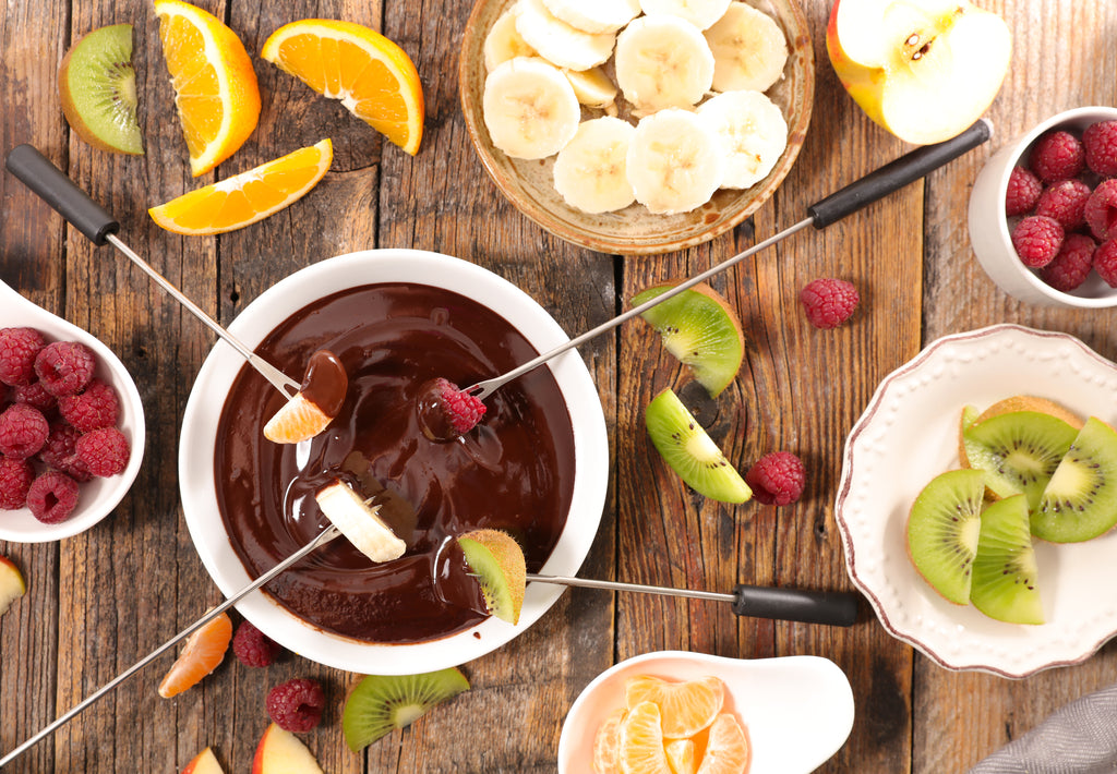 Melted Chocolate Fondue with Mixed Fruit