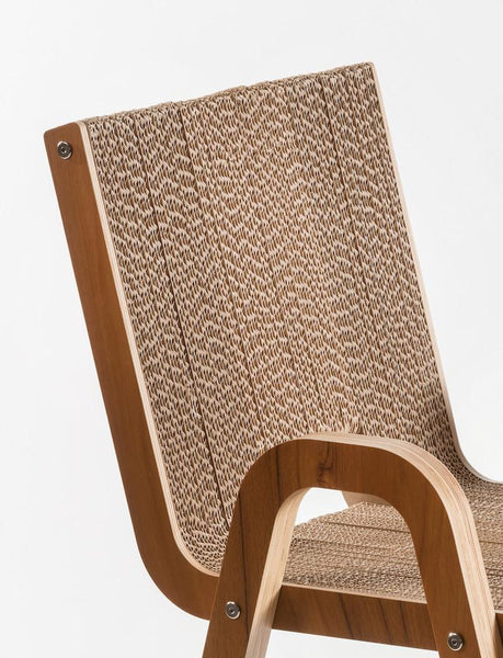 Sedia in cartone con braccioi Less Chair by Lessmore