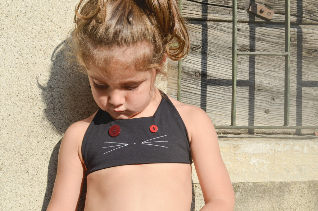 girls zero waste bikini top with cat face | size 3 - 5 years | sustainable swimwear - recycled fishing nets - made by hand in italy - recycled buttons