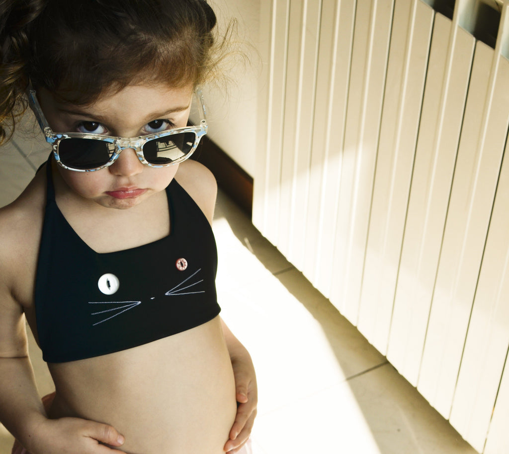 kids zero waste bikini top with cat face | size 3 - 4 years - made from recycled fishing nets | econyl brand | handmade in italy