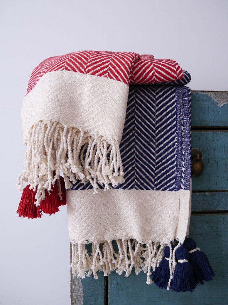 HERRINGBONE Cotton Throw With Tassels - livingroots uk