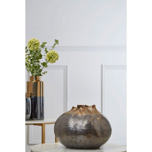Aurora Metallic Vase Large angle on table