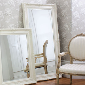 Hampstead Leaner Mirror (Cream) in a bedroom