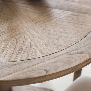 Close-up of the Colonial Round Dining Table top