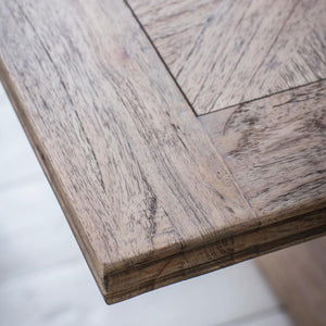 Close-up of Colonial Dining Table top surface