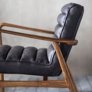 The Leather Armchair in Vintage Black