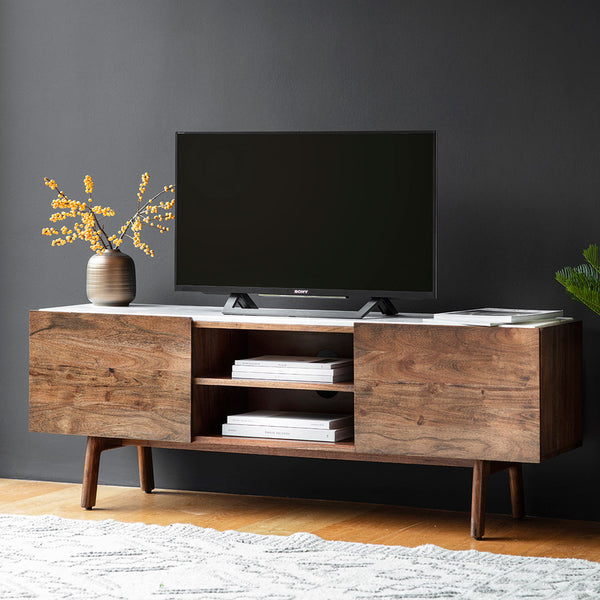 The Retro Media Unit with TV