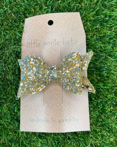 Little Annie Bets Glitter Hair Bow Gold,little-tiger-togs.