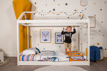 Load image into Gallery viewer, organic-cotton-quilt-cover-set-streetwise-shoes-yellow-and-white-streetwear-single-display-boy-standing-on-bed