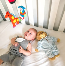 Load image into Gallery viewer, organic-natural-cotton-baby-White-jersey-fitted-sheet-baby-sleeping-with-teddy-bear-display-cot