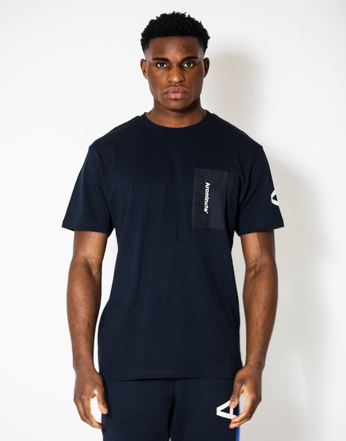 Anders T-Shirt Navy - Arcminute