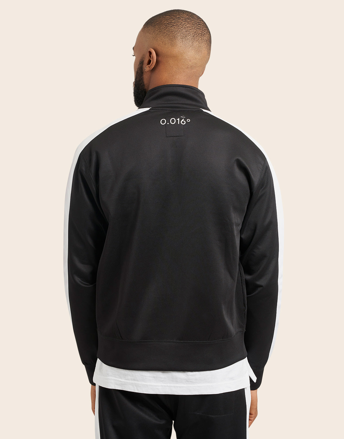 Pilot Track Top Black - Arcminute