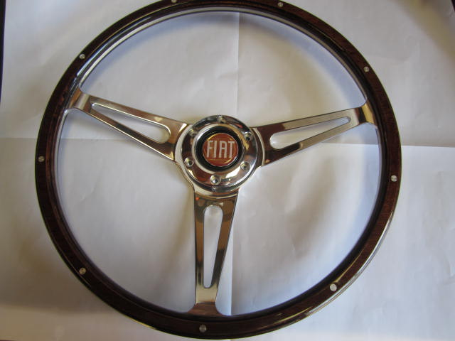 Wood Steering Wheel, 380mm, Competizione Sport w/Red horn button