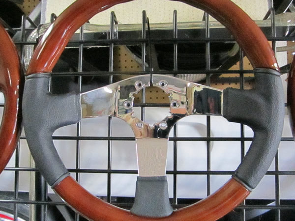 Volante 350mm Wood Steering Wheel with Chrome Center and Leather Grips