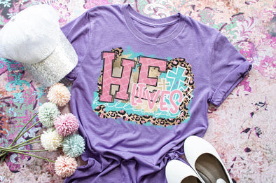 He Lives Easter Women's Graphic Tee