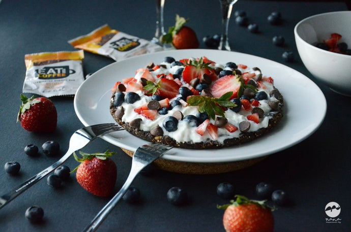Recipe: Fruit Pizza with Caramel Macchiato Crust