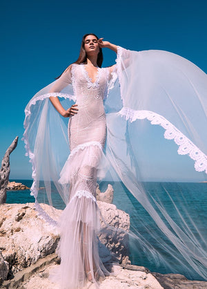 CAPE, EMBROIDERED OFF WHITE LACE AND TULLE DRESS