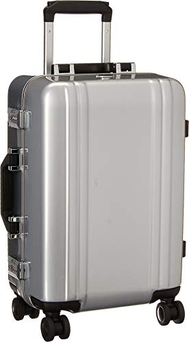 "Zero Halliburton Classic Polycarbonate 2.0-19"" Carry-on 4-Wheel Spinner, Silver"