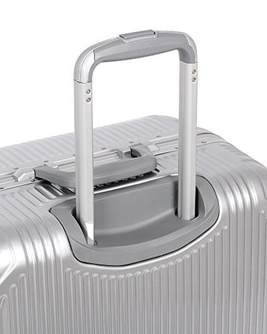 "It Luggage Crusader 30.7"" Hardside 8-Wheel Spinner, Almondine"