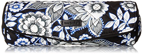 Vera Bradley Iconic On A Roll Case, Snow Lotus