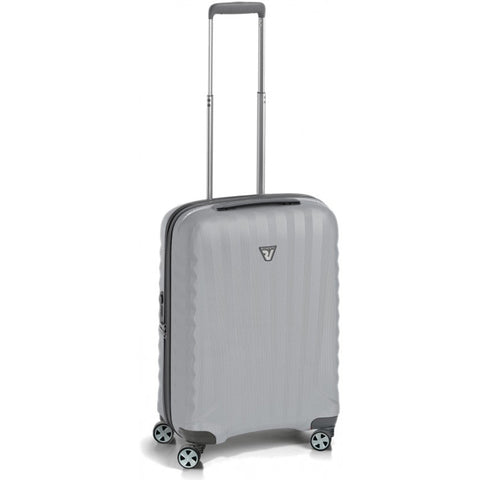 Roncato UNO ZSL Premium 22in International Carry On IATA Hardside 4 Wheel Polycarbonate Spinner