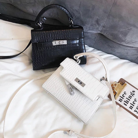2018 New Crocodile Grain Fashion Trend Pattern Buckle Square Shoulder Bag Across Wild Ladies