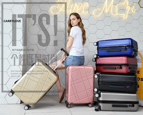 Carrylove Concise Fashion Lovely 20/22/24/26/28 Inch Pvc+Pc High Quality Rolling Luggage Spinner